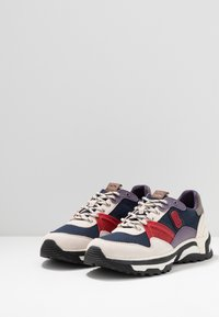 Coach - C143 COLORBLOCKED RUNNER - Sneakers basse - blue/red - 2