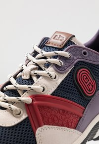 Coach - C143 COLORBLOCKED RUNNER - Sneakers basse - blue/red - 5