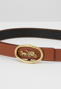 Coach - HORSE AND CARRIAGE WIREFRAME BUCKLE BELT - Pásek - saddle black - 4