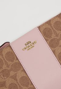 Coach - COATED SMALL WRISTLET - Wallet - tan blossom - 6