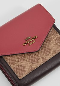 Coach - SIGNATURE COLORBLOCK COATED SMALL WALLET - Geldbörse - tan/dusty pink - 2