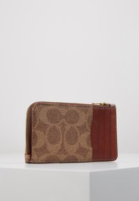 Coach - COATED SIGNATURE SMALL ZIP CARD CASE - Wallet - tan rust - 3