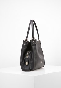 Coach - EDIE SHOULDER BAG - Sac à main - black