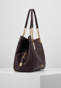 Coach - POLISHED TURNLOCK EDIE  - Bolso de mano - oxblood - 3