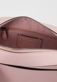 Coach - CAMERA BAG - Bandolera - aurora