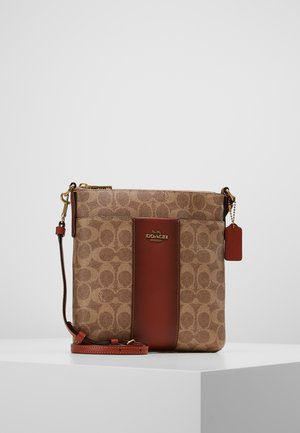 MESSENGER CROSSBODY SIGNATURE - Olkalaukku - tan rust