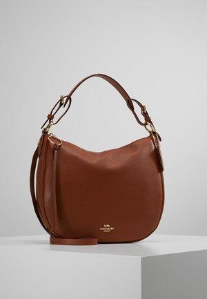 POLISHED SUTTON - Handtasche - saddle