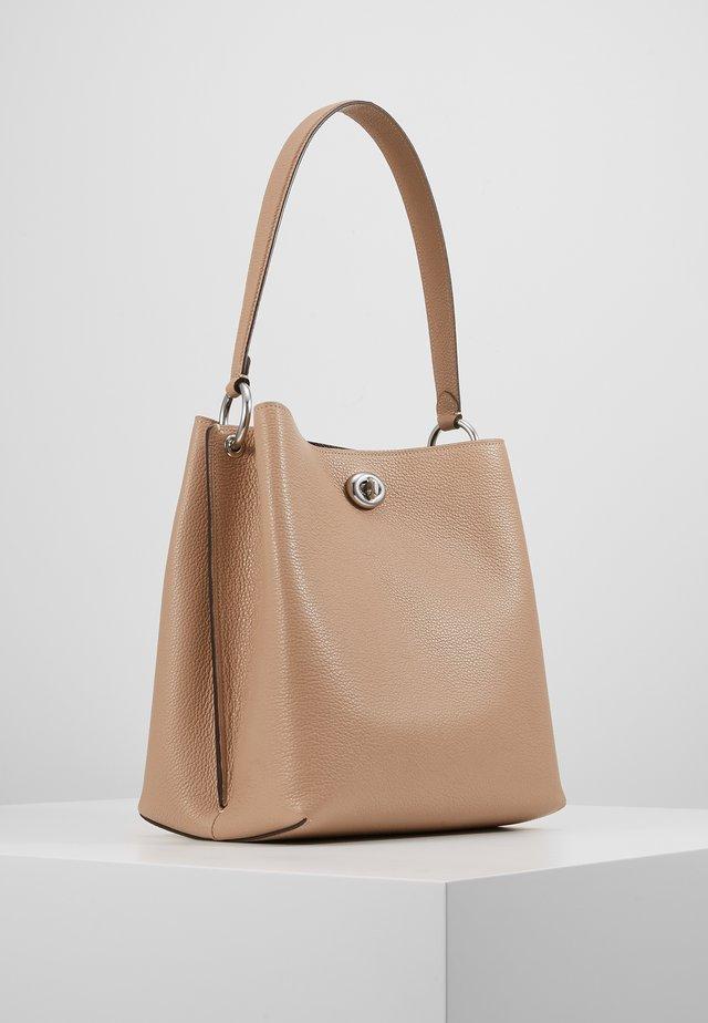 POLISHED CHARLIE BUCKET - Handbag - taupe