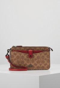 Coach - NOA - Across body bag - tan/red apple - 0