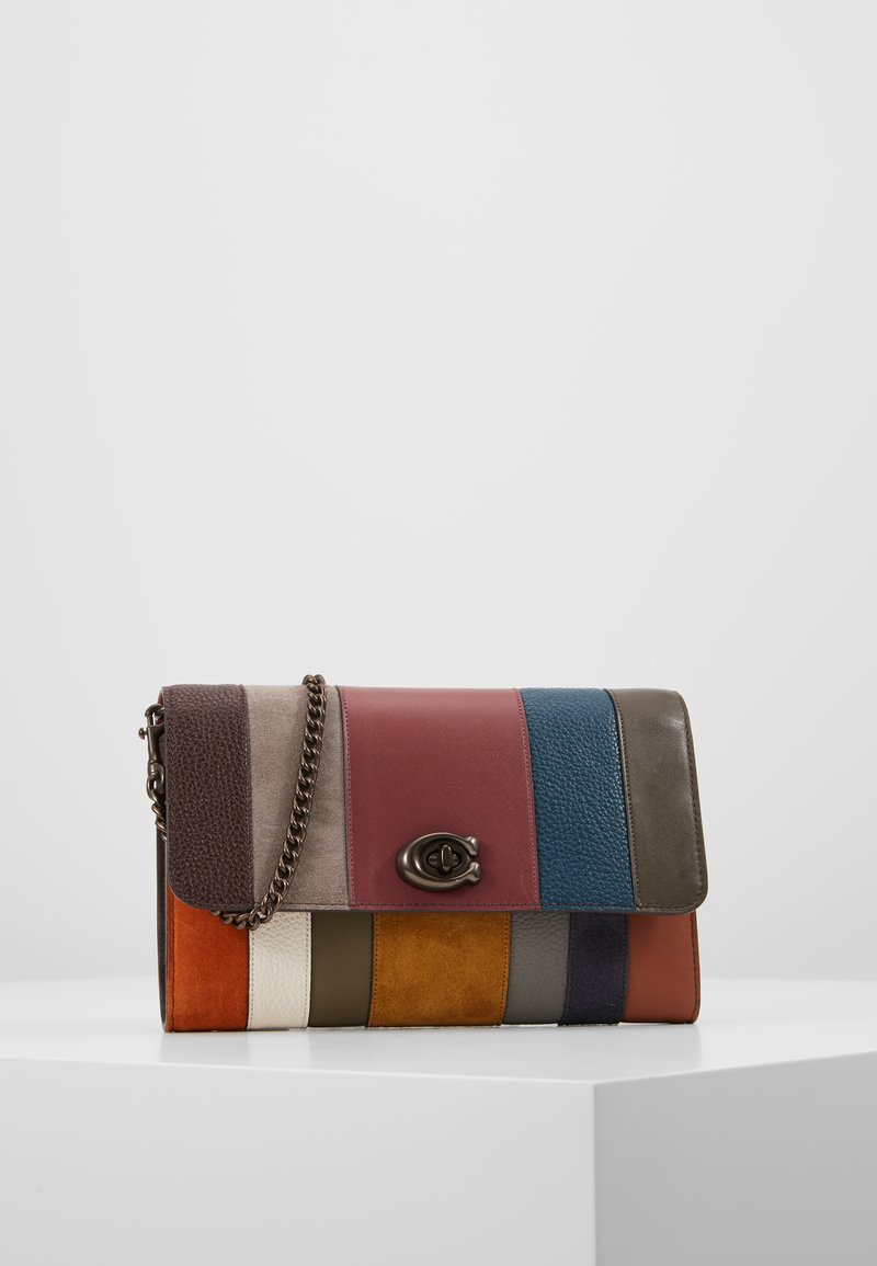 Coach - ALL OVER PATCHWORK MARLOW - Torba na ramię - oxblood multi