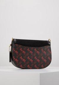 Coach - HORSE AND CARRIAGE SADDLE BAG - Across body bag - black - 2