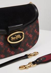 Coach - HORSE AND CARRIAGE SADDLE BAG - Across body bag - black - 6