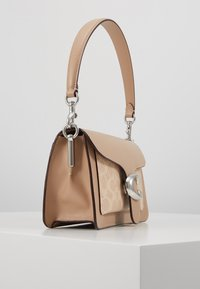 Coach - TABBY SHOULDERBAG - Kabelka - taupe - 2