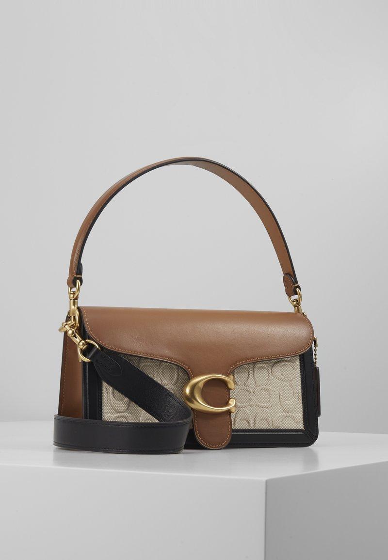 Coach - TABBY SHOULDERBAG - Handbag - sand/taupe