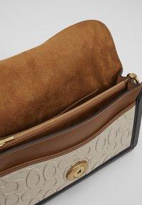 Coach - TABBY SHOULDERBAG - Handbag - sand/taupe - 6