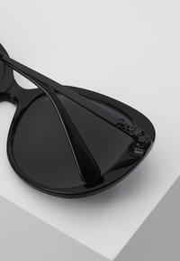Coach - Sluneční brýle - black - 4