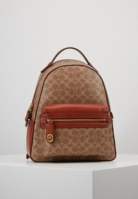 Coach - COATED SIGNATURE CAMPUS BACKPACK REFRESH - Batoh - tan rust - 0