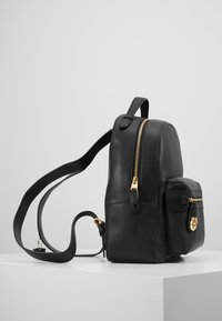 Coach - POLISHED PEBBLE CAMPUS BACKPACK REFRESH - Reppu - black - 3