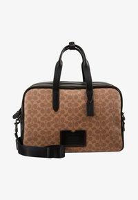 Coach - TRAVEL CARRY ON BAG IN SIGNATURE - Taška na víkend - black/khaki - 6