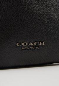 Coach - Taška spříčným popruhem - black - 6