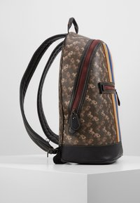 Coach - BARROW BACKPACK IN HORSE AND CARRIAGE  - Reppu - black/brown - 2