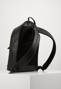 Coach - METROPOLITAN SOFT BACKPACK CEW - Sac à dos - black - 0