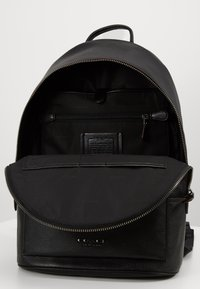 Coach - METROPOLITAN SOFT BACKPACK CEW - Sac à dos - black - 2