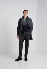 CORNELIANI - Pantaloni - dark grey - 1