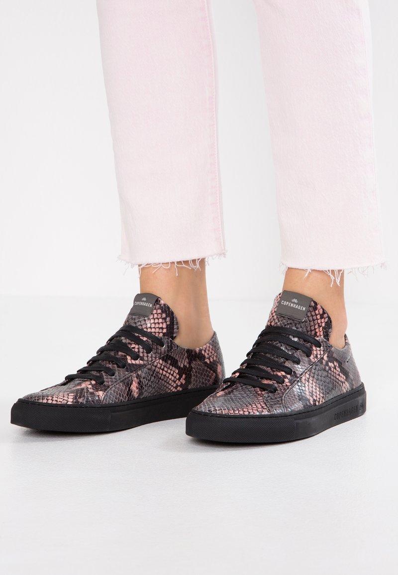 Copenhagen - Sneakers laag - rose