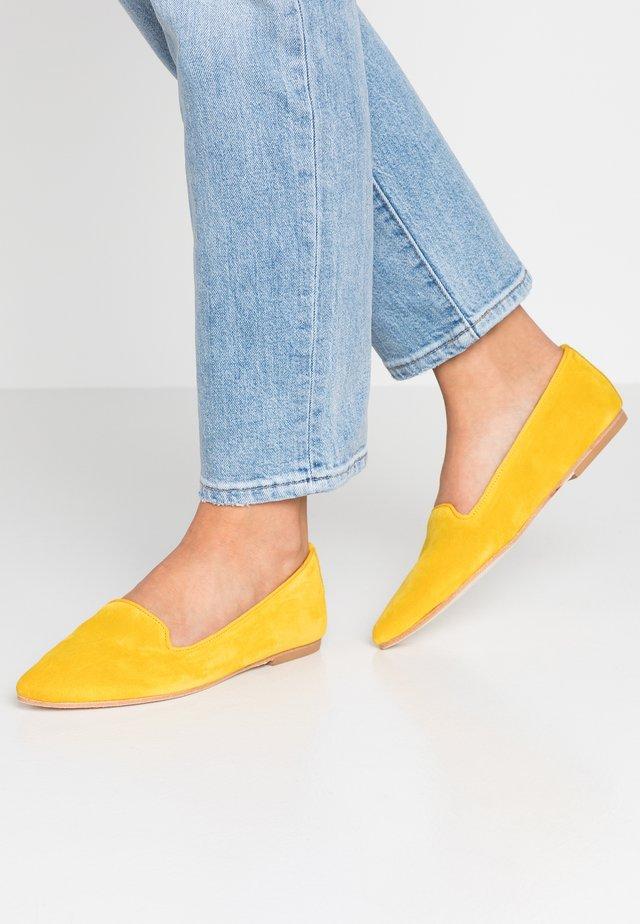 Slip-ins - yellow