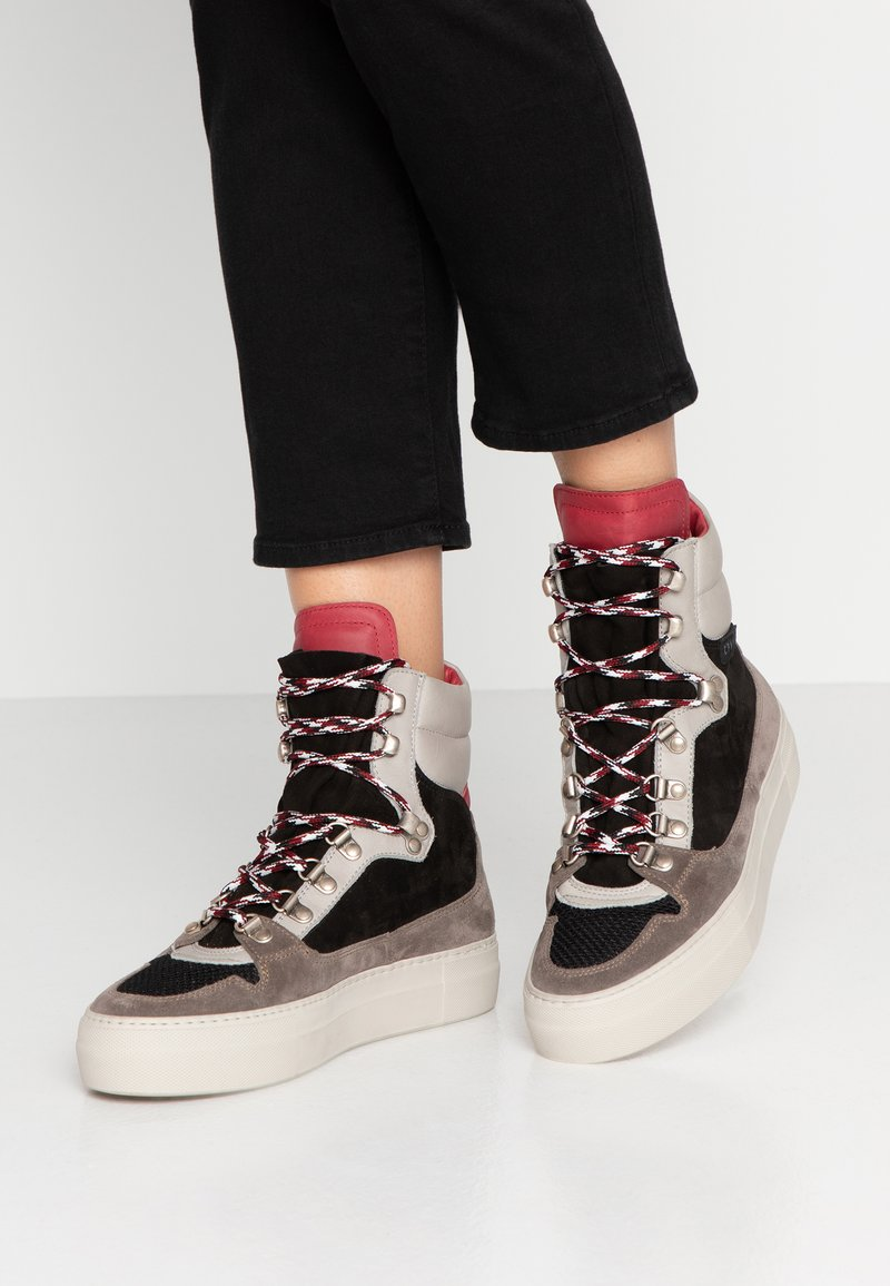 Copenhagen - High-top trainers - offwhite
