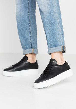 CPH407 - Sneakers laag - black