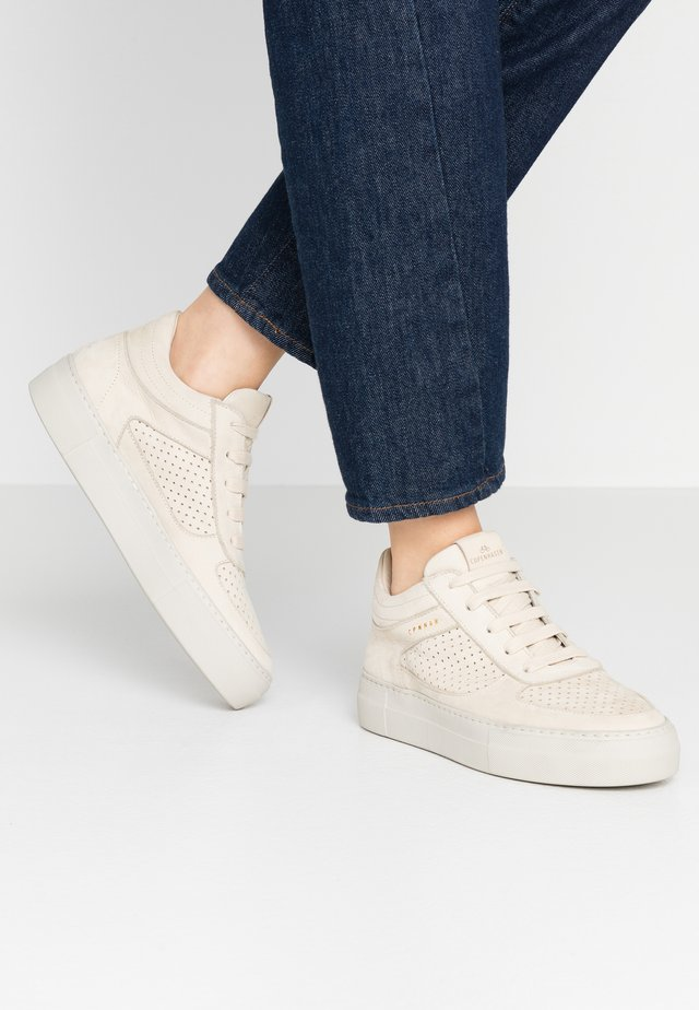 CPH402 - High-top trainers - cream