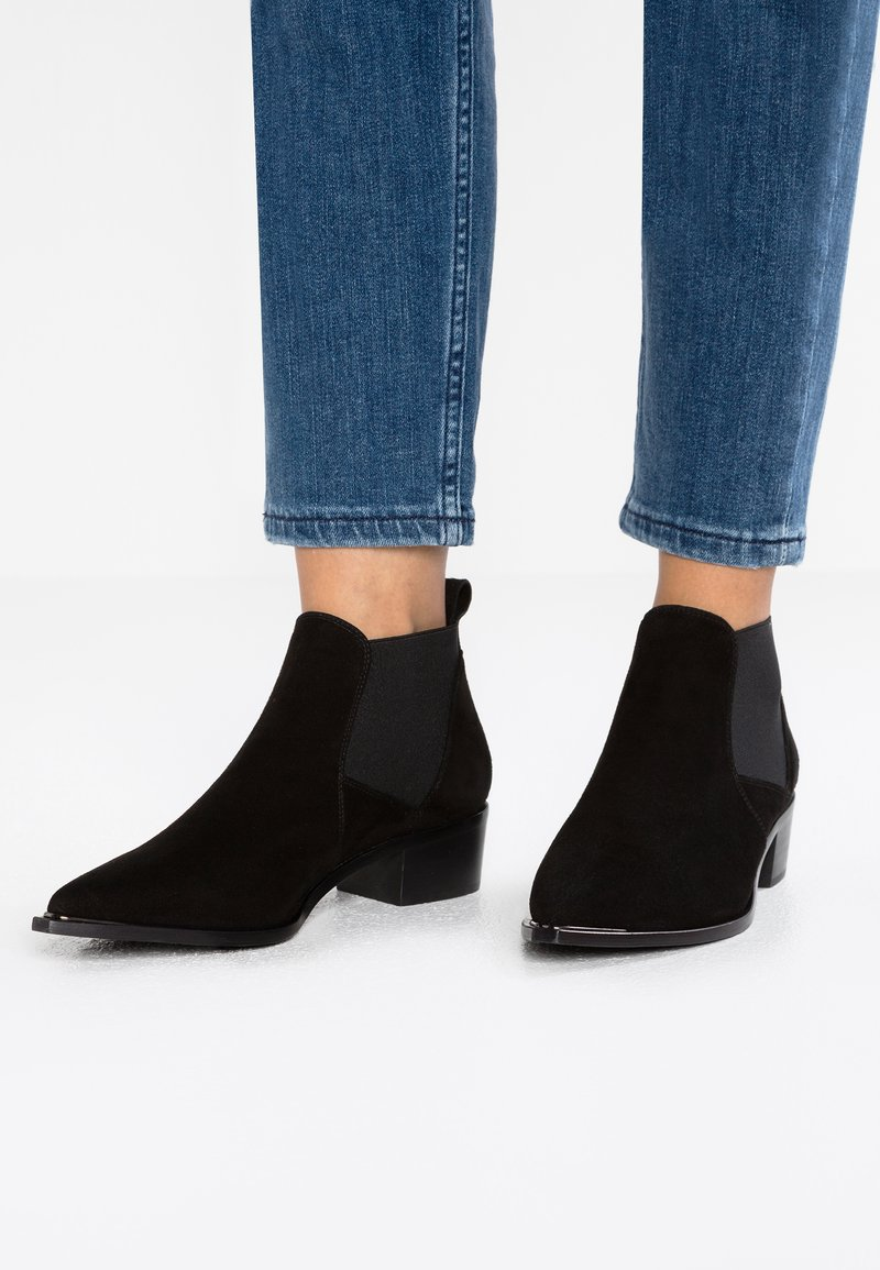 Copenhagen - Ankle Boot - black