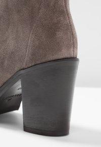 Copenhagen - Classic ankle boots - dark beige - 2