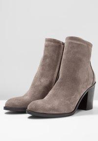 Copenhagen - Classic ankle boots - dark beige - 4