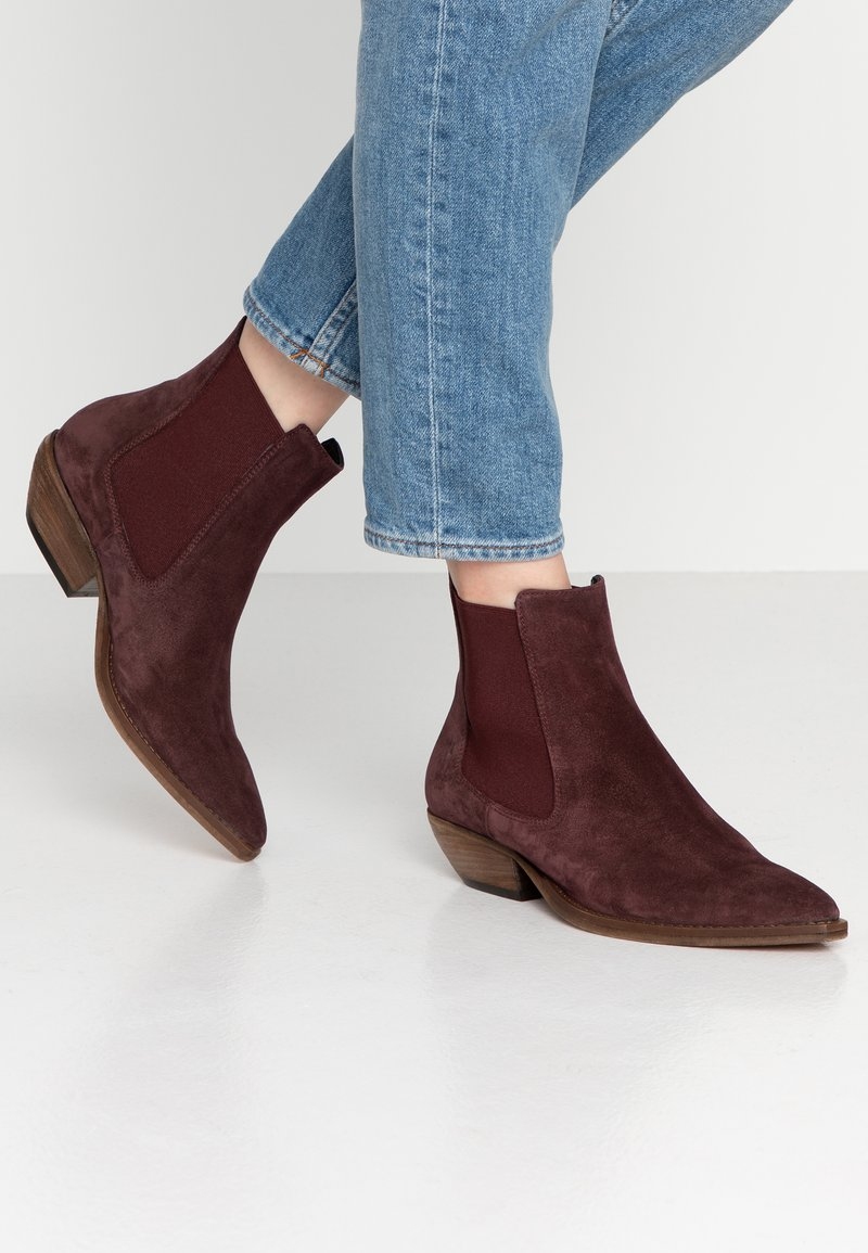 Copenhagen - Cowboy/biker ankle boot - woodberry