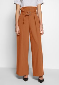 CMEO COLLECTIVE - AVIDITY PANT - Broek - rosewood - 0