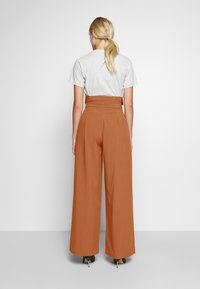 CMEO COLLECTIVE - AVIDITY PANT - Broek - rosewood - 2