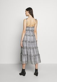 CMEO COLLECTIVE - STEALING SUNSHINE DRESS - Day dress - black - 2