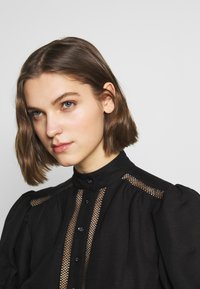 CMEO COLLECTIVE - WORTHY DRESS - Day dress - black - 3
