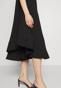 CMEO COLLECTIVE - STATEMENT GOWN - Cocktailjurk - black - 4