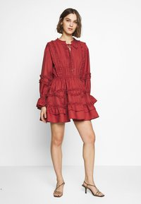 CMEO COLLECTIVE - SLOW DOWN DRESS - Day dress - carmine - 1