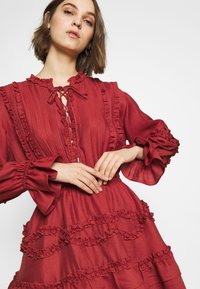 CMEO COLLECTIVE - SLOW DOWN DRESS - Day dress - carmine - 3