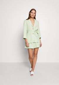 CMEO COLLECTIVE - POSSIBLE  - Blus - citron - 1