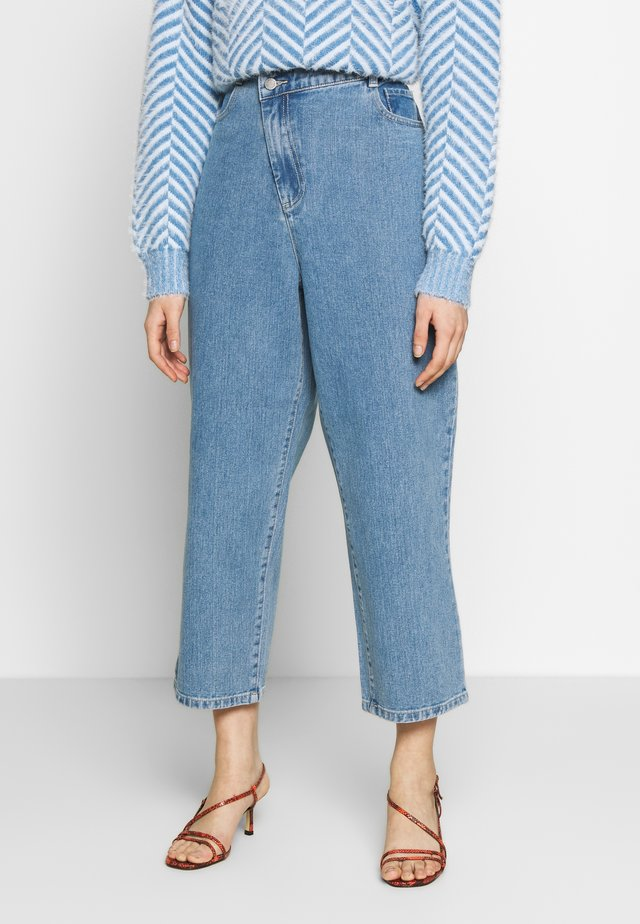 BETWEEN THE LINES - Jeansy Relaxed Fit - blue denim