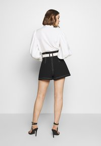 CMEO COLLECTIVE - CONSISTENT - Shorts - black - 2