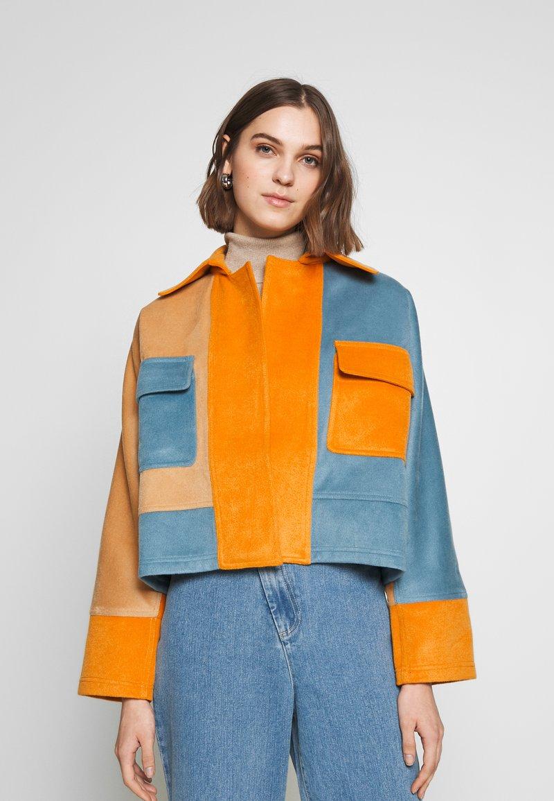 CMEO COLLECTIVE - NEW SKY JACKET - Leichte Jacke - slate/orange
