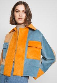 CMEO COLLECTIVE - NEW SKY JACKET - Leichte Jacke - slate/orange - 3