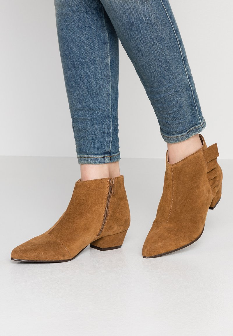 Cream - Ankle boots - bronzed
